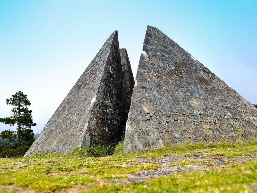 Piramide Valle Nuevo Constanza