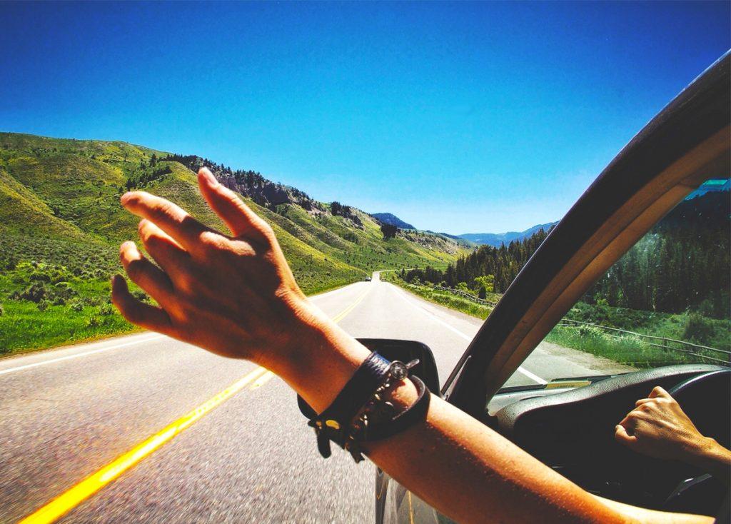 transporte-auto-llegar-destino